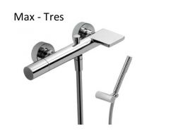 Bathtub Single lever bath and shower mixer; with cascade. Shower Antilime. Shower hose satin : chrome finish