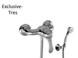 Single lever shower mixer; Anti-limescale hand shower with directable support. Double interlocked shower hose: old brass finish, lever