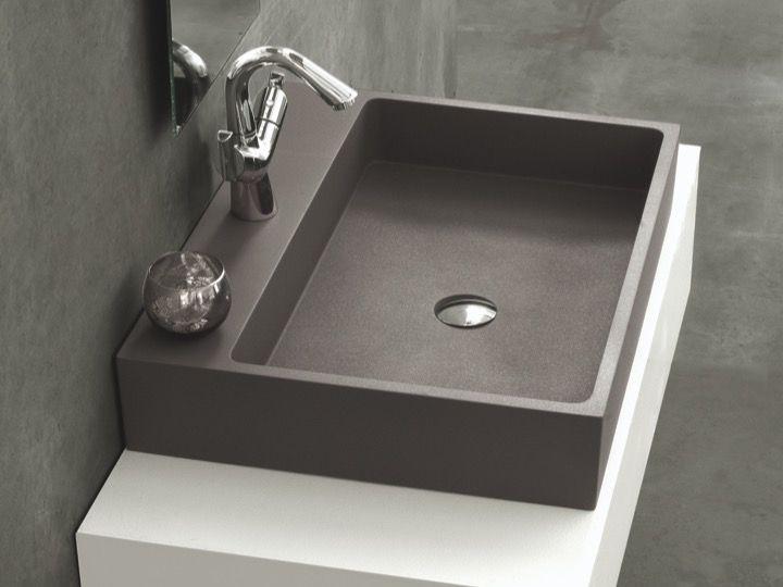 Washbasin 60 Cm Wide 46 Cm Deep Resin Titan
