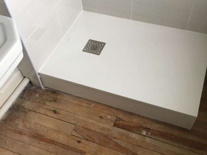 shower tray accessoires adjustable feet for shower tray. Black Bedroom Furniture Sets. Home Design Ideas