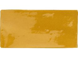 ANTIC AMARILLO 7,5 x 15 - Kitchen wall tile, faience with irregular edges.